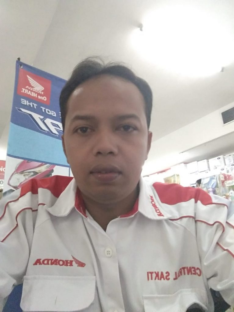 Sales Dealer Motor Honda Solo